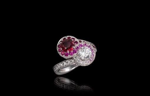 Création Inédit, Bague Médicis Toi & Moi, Centre rubis et diamants